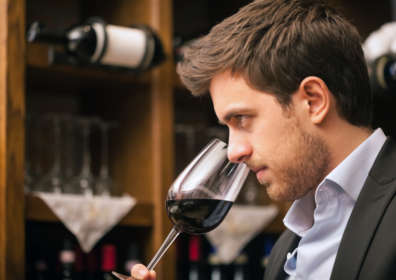 How to Taste Wine and Develop Your Palete