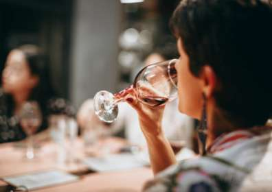 How to Smell Wine and Improve Your Wine Sniffing Skills