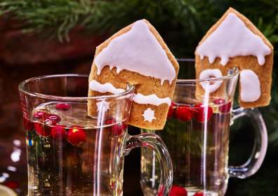 5 Christmas Cookie and Wine Pairings to Celebrate the Holidays