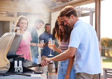 10 Best Cookout Wine Pairings for Your Summer Barbecue