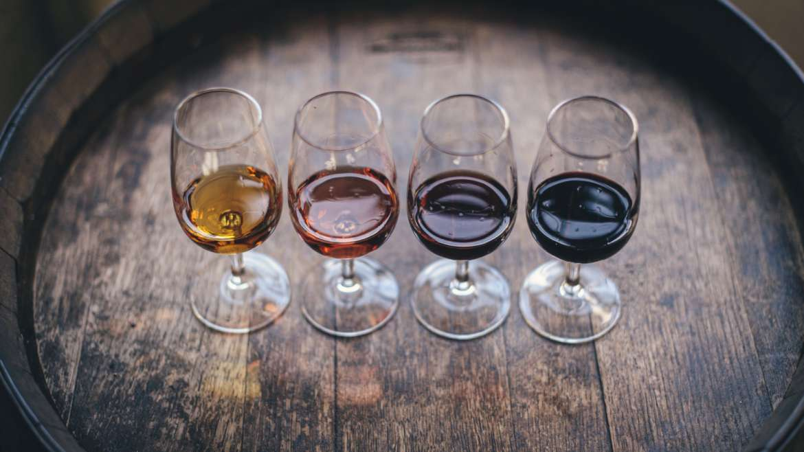 Understanding Dry Wine and Sweet Wine Differences